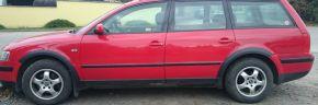 Protector plástico paso de rueda para VOLKSWAGEN VW PASSAT B5 SEDAN FACELIFT 2000-2005